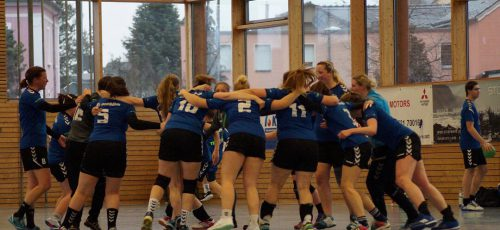 Die Mannschaft freute sich über den zweiten Saisonsieg